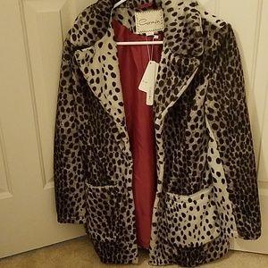 Super soft faux fur leopard print coat